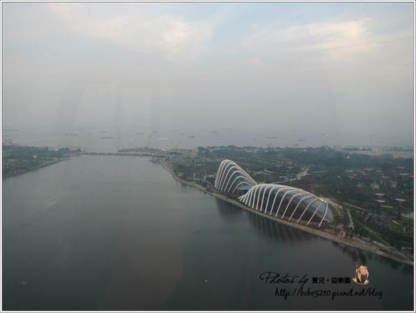 【2013 Singapore】新加坡自由行。 Singapore Flyer (新加坡摩天觀景輪),世界最高的摩天輪!
