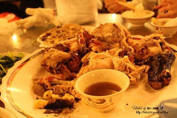 【食記】宜蘭礁溪美食。台灣古早味 甕窯雞,礁溪烤雞街的正宗老店