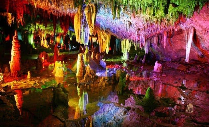 【2015中國湖南。魔幻張家界】黃龍洞,神奇的地底龍宮。