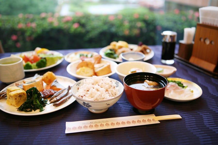 32Breakfast(Japanese Food).jpg