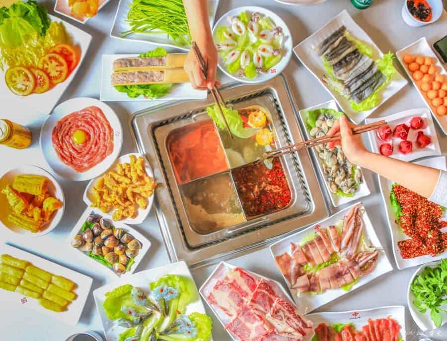 【板橋麻辣鍋|重慶秦媽火鍋】重慶火鍋來台灣啦!原汁原味道地湯頭,特色菜品一次滿足。